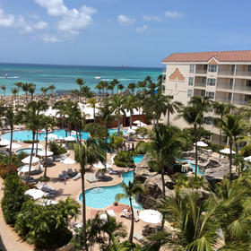 Aruba Ocean Club pool