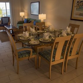 Wyndham Reef Resort Dining Area