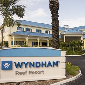 Wyndham Reef Resort Exterior