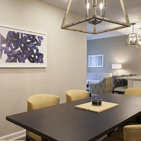 King 583 — Dining Area