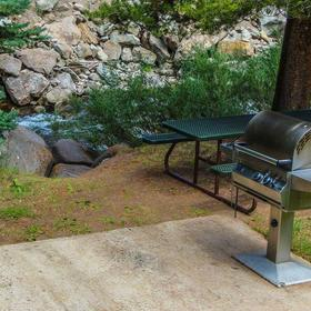 Streamside at Vail - Aspen Grilling Area