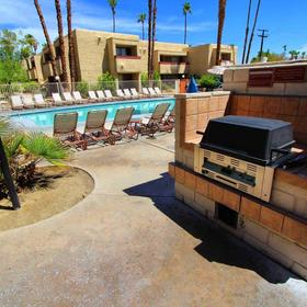 Desert Vacation Villas Grilling Area