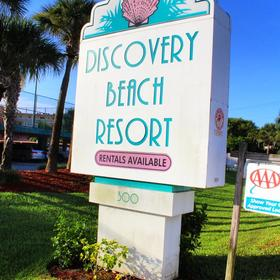 Discovery Beach Resort — Entrance