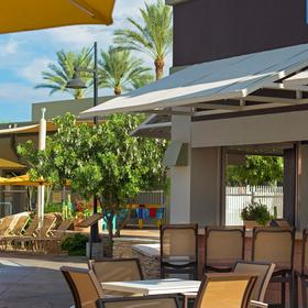 Marriott's Canyon Villas at Desert Ridge Pool Bar
