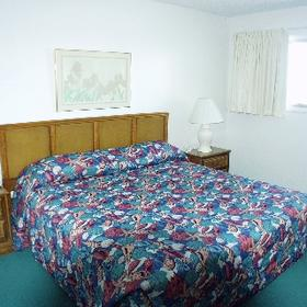 The Summit - Unit Bedroom