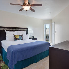 Grand Caymanian Resort — Bedroom