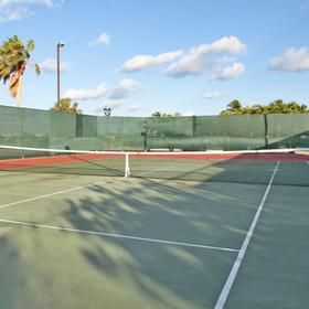 Grand Caymanian Resort — Tennis Court