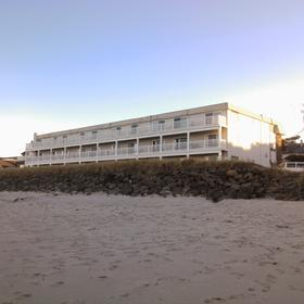 Rockaway Beach Resort — Exterior