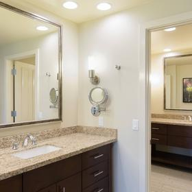 Marriott's Desert Springs Villas II — Bathroom