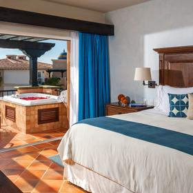 Hacienda del Mar Resort — Bedroom
