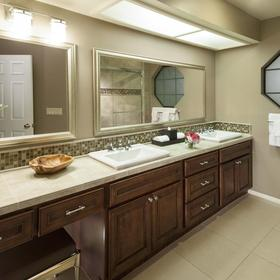 Resort Villas by Welk Resorts — Bathroom