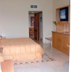Sunset Fishermen Spa & Resort - Unit Bedroom