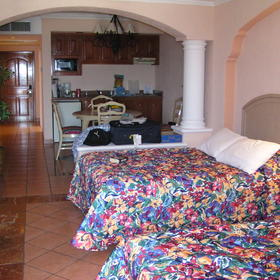 Finisterra Club & Resort - bedroom
