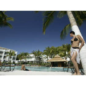 Outrigger Beach Club & Spa - Palm Cove