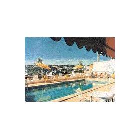 Clube do Monaco — Outdoor Pool at