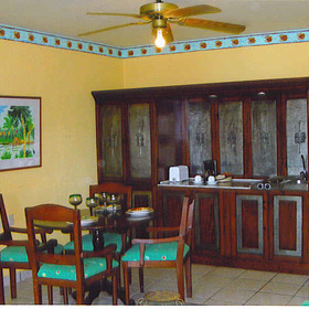 Costa Caribe Resort - Unit Dining Area