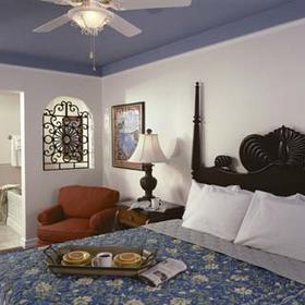 Marriott's Frenchman's Cove - Bedroom