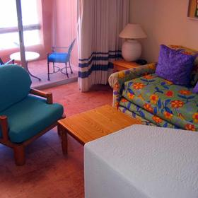 Club Regina Los Cabos  - unit living area