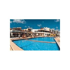 Coral Reef Club at Suncrest Hotel — Outdoor Pool at