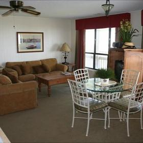 Peppertree Atlantic Beach - Unit Living Area