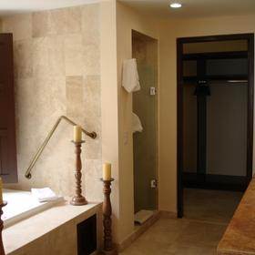 Montecristo Estates by Pueblo Bonito - Unit Bathroom