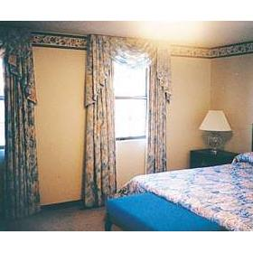 Mountain Meadows Resort - Unit Bedroom