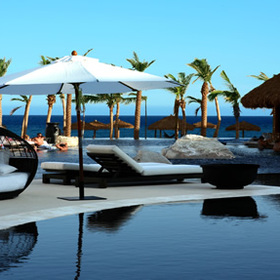 Cabo Azul Resort & Spa - Pool