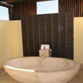 Four Seasons Residence Club Punta Mita — - Outdoor Tub