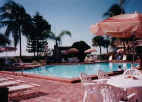 Caribbean Beach Club - Pool on the Beach
