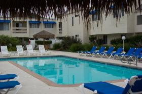 Sand Pebbles Resort - pool