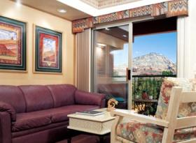 Sedona Summit - unit living area and balcony