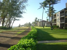 Pono Kai Resort - Path Along Water