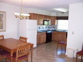 Woodstone at Massanutten - Unit Kitchen & Dining Area