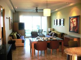 Grand Mayan Acapulco - Unit Dining & Living Areas
