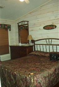 Silverleaf's Piney Shores Resort - Unit Bedroom