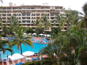 Club Velas Vallarta - Pool