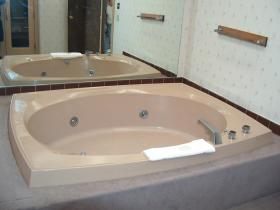 Massanutten's Mountainside Villas - 4 Person Jacuzzi Tub
