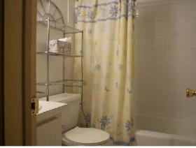 Freeport Resort & Club - Unit Bathroom