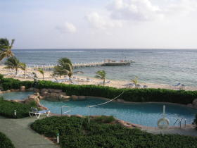 The Reef Resort - Pool