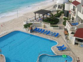Avalon Grand Resort - Pool