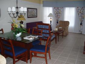 Unit Living/Dining Area