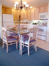 San Luis Bay Inn - Unit Kitchen & Dining Area