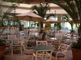 Ka'anapali Beach Club - on-site restaurant