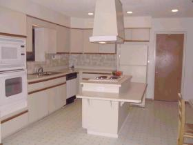 Sunisands Beach Club Resort - Unit Kitchen