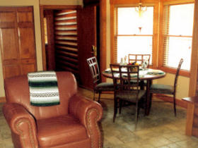 Westgate Smoky Mountain Resort at Gatlinburg - Unit Dining Area